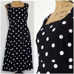 Dresses & Skirts - 🆕️ NWT Black & White Dot Dress